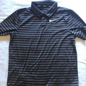 Nike boys golf shirt